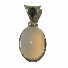 Moonstone jemstone set in Sterling Silver