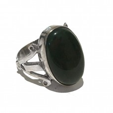 Black Onyx Jemstone set in Sterling Silver (size 11)